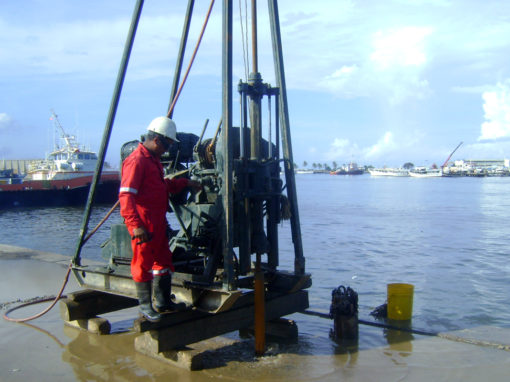 Geotechnical studies inshore, Bathymetric and Geophysical Marine Studies, and Quality Control of Civil Works for the CIGMA Project in Güiria, Sucre State.